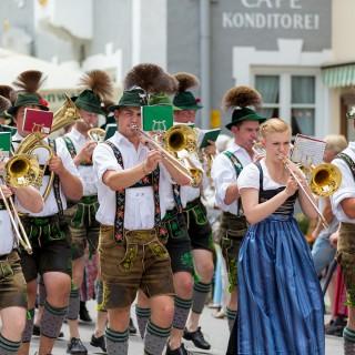 17. Treffen der historischen Trachten von Altbayern