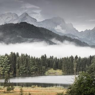 der Geroldsee im Nebel