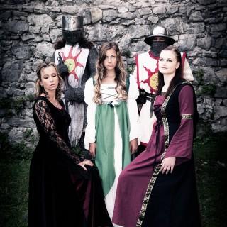 Burgfräulein und Ritter