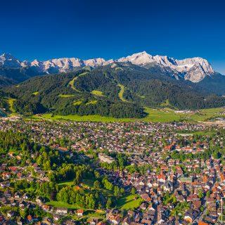 Garmisch-Partenkirchen im Sommer
